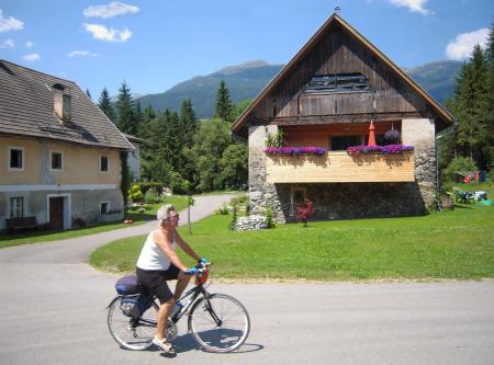 ...case tipiche gerani tipici... ciclista tipica